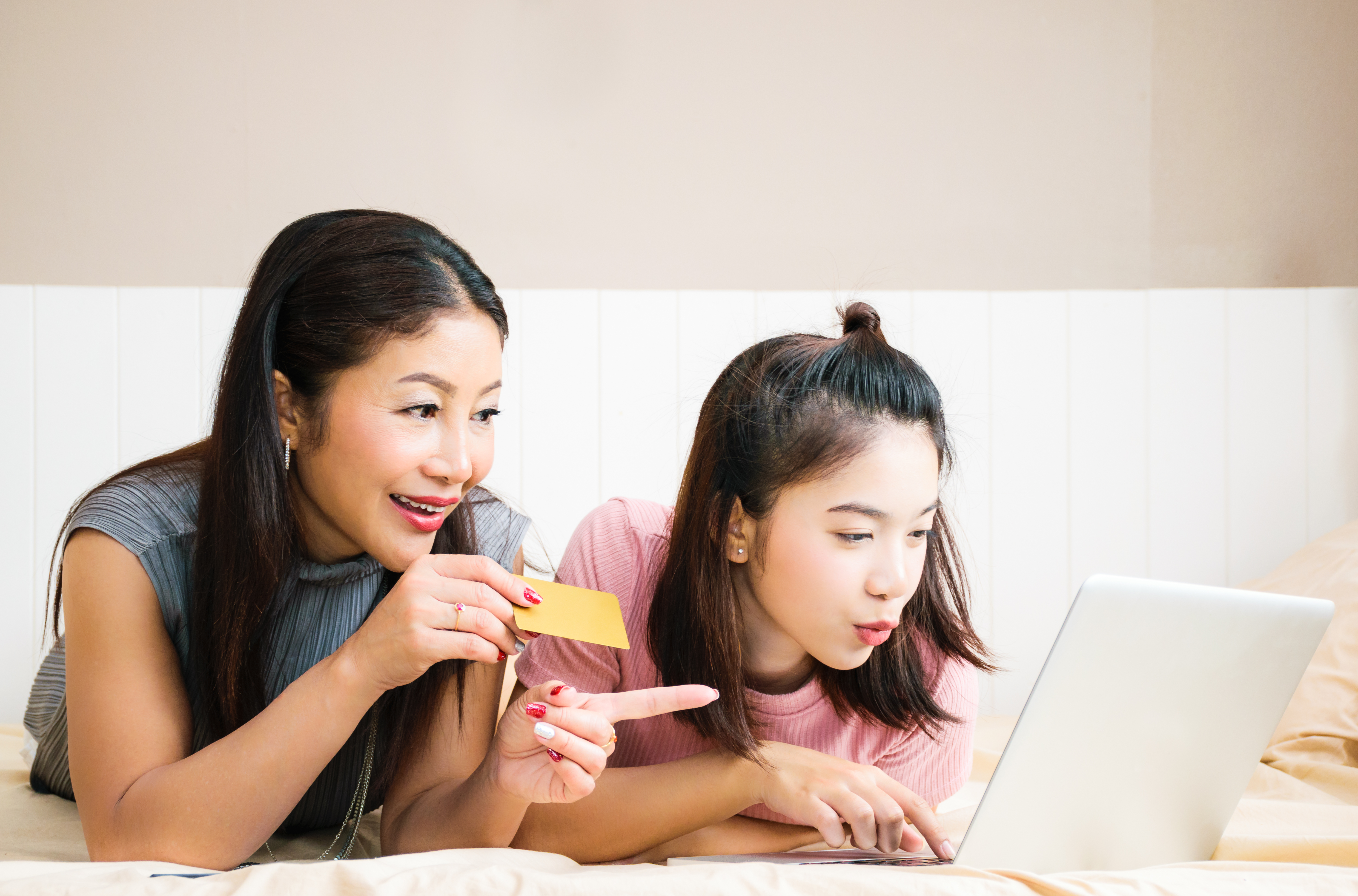 Do Your Kids Have Virtual Shopping Smarts?